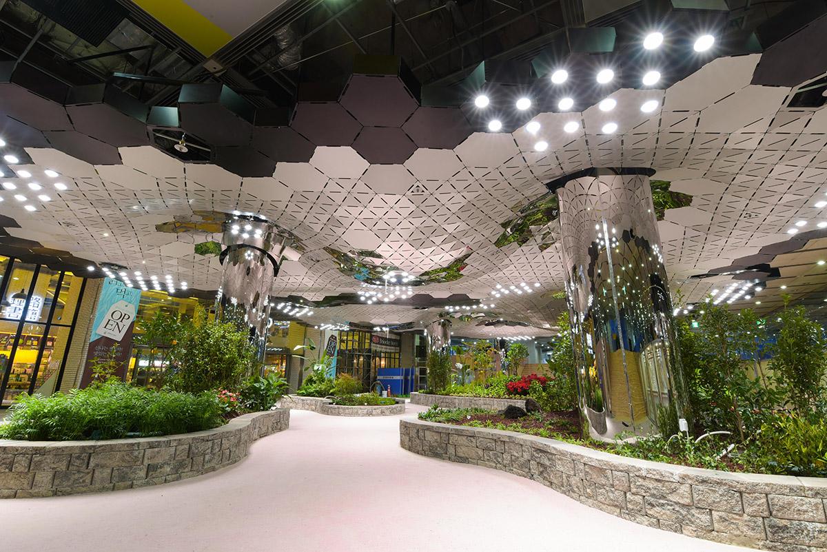 혁신기술로 지하보도가 정원으로 변신, `종각역 태양의 정원` 개장